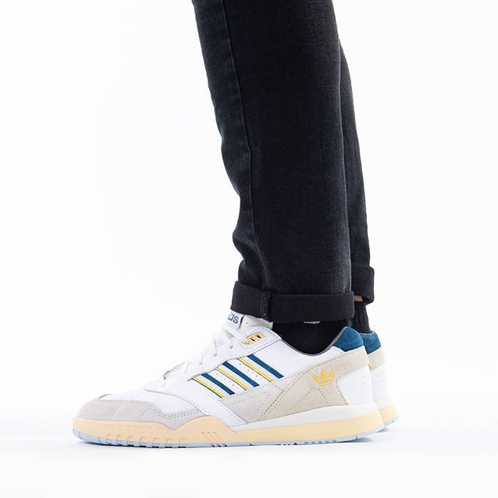 adidas Originals A.R Trainer EF5940